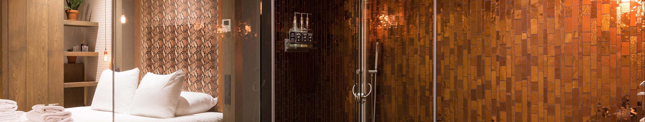 boutique-hotel-zaandam-manzo-loft-suites-bed-douche