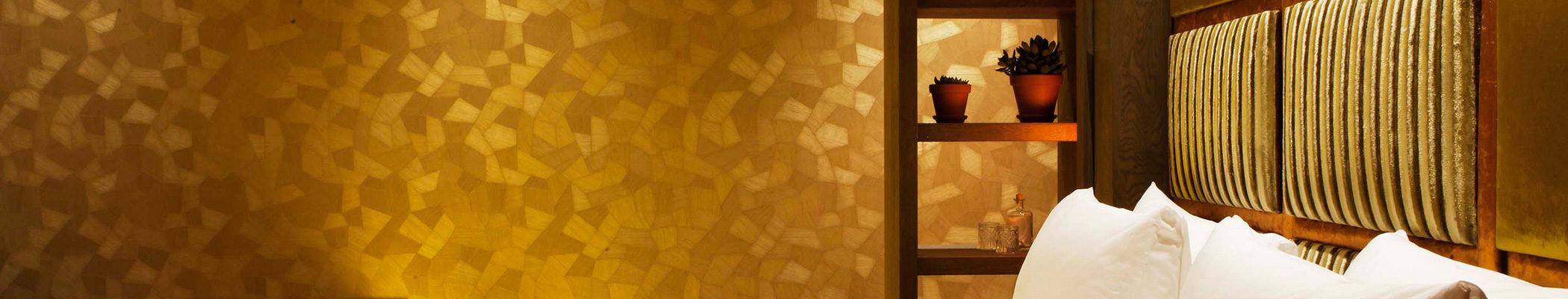 boutique-hotel-zaandam-manzo-loft-goud-bed-behang-interieur