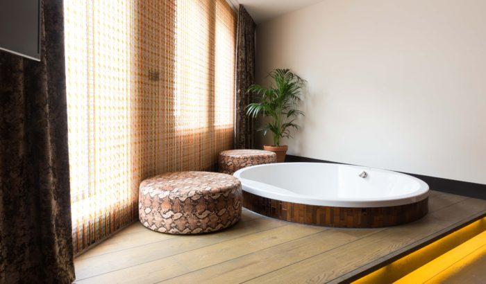 boutique-hotel-zaandam-manzo-bad-loft-rond-uitzicht