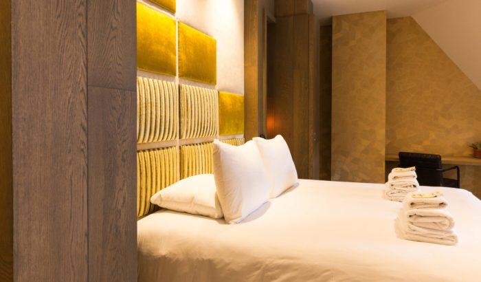 boutique-hotel-zaandam-manzo-loft-bureau-goud-interieur