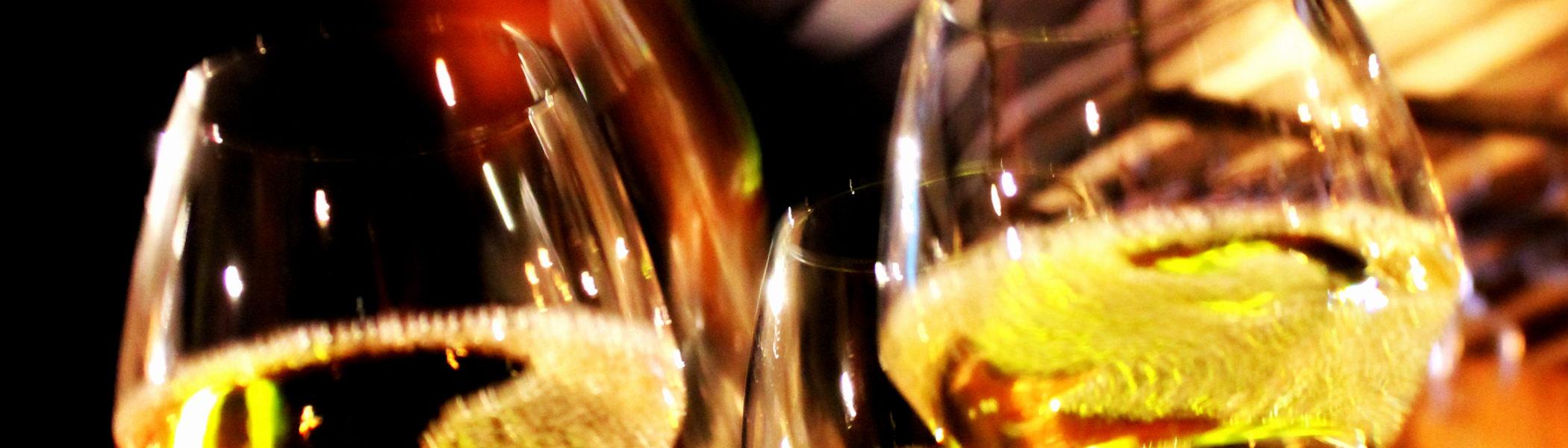 restaurant-zaandam-manzo-bar-bistro-drinken-wijn