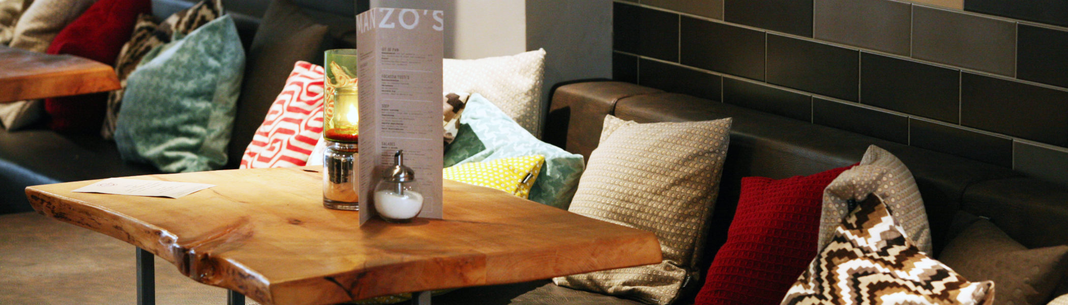 restaurant-zaandam-manzo-bar-bistro-lounge-loungebanken