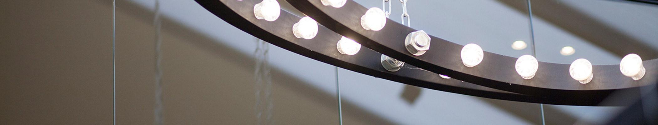 boutique-hotel-zaandam-manzo-lobby-detail-lamp